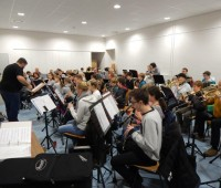 Gemeinsame Probe von Jugend- und Stammorchester am Probewochenende